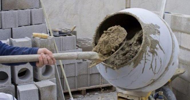 preparare beton manual, la betoniera