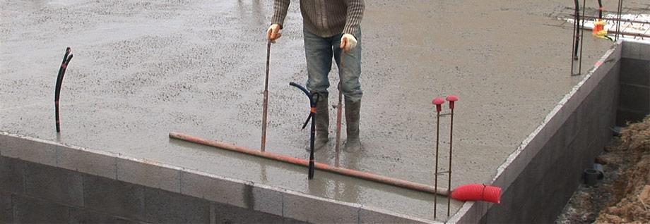 Cum turnam corect o placa din beton? 5 etape esentiale.
